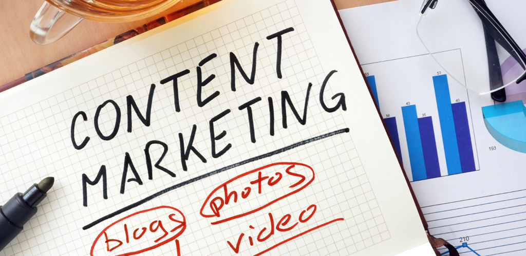 content marketing written on a notepad